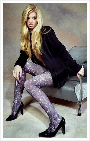 http://stockingirl.com/Merchant2/graphics/00000001/F_SparkleTights.jpg